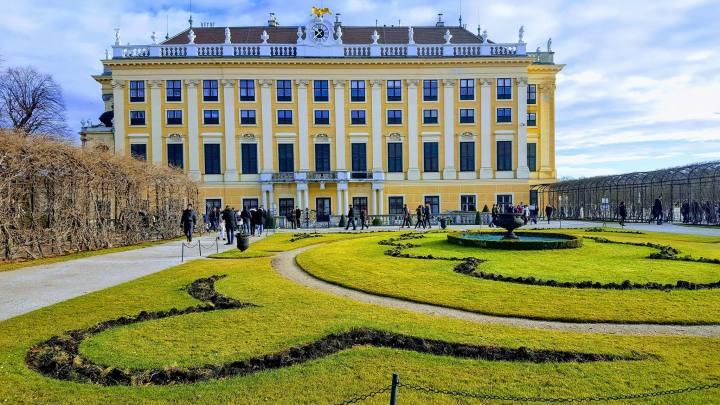 SB Palace 2